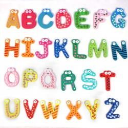 Set alfabet 26 litere din lemn cu magnet