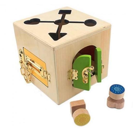 Cutia cu inchizatori si labirint Montessori